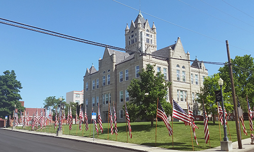 Flags at Grundy County Courthouse