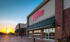 Hy-Vee Store
