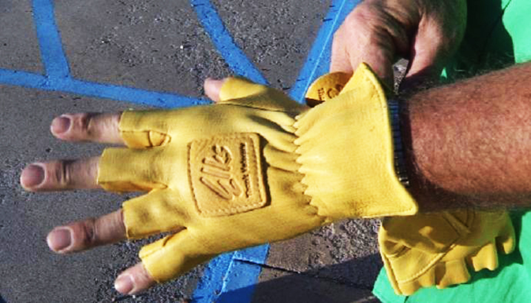 Deer hides turned into gloves for disabled veterans