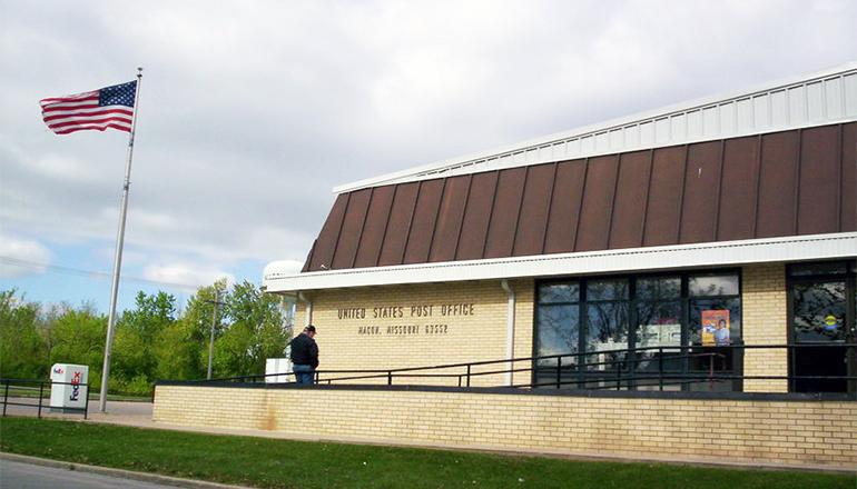 Macon Missouri Post Office