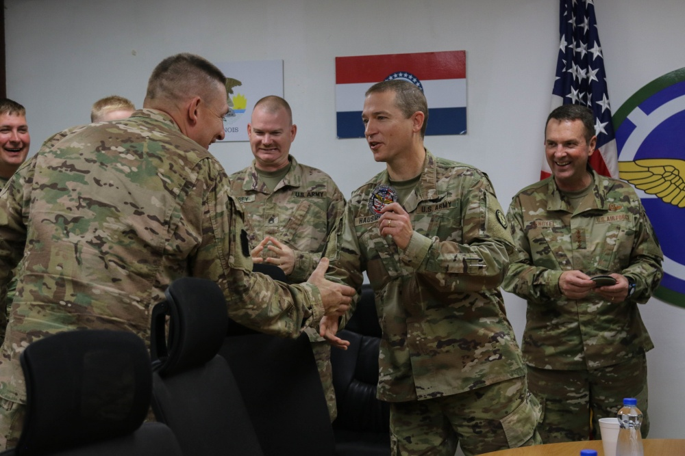 General Lengyel shares Thanksgiving breakfast with deployed