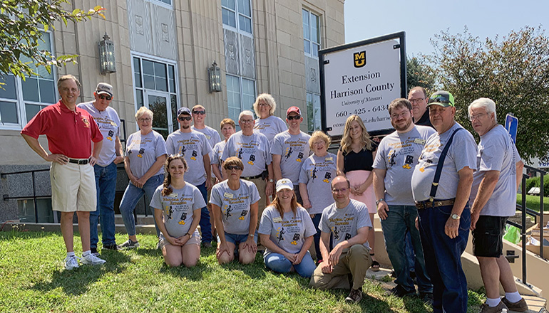 Harrison County Extension Group Photo With Sign
