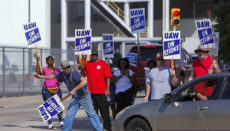 Striking Autoworkers at GM Fairfax Plant