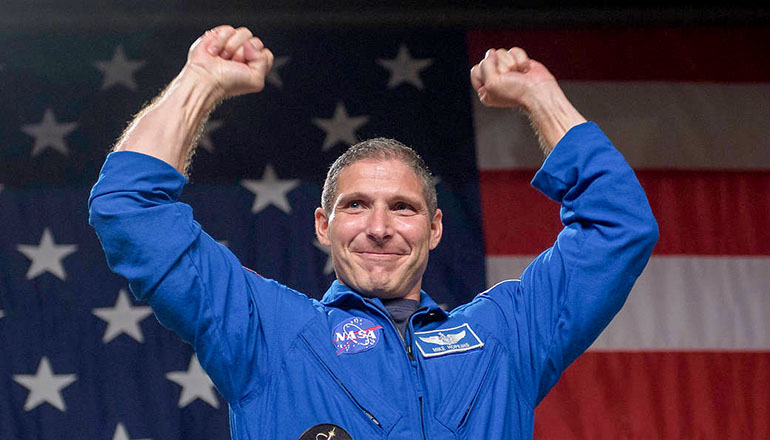 Nasa Astronaut Mike Hopkins Photo Credit (NASA - Bill Ingalls)