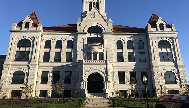 The Cole County Courthouse in Jefferson City (Photo by Tessa Weinberg-Missouri Independent)